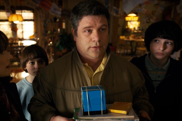 30-sean-astin-stranger-things-w710-h473